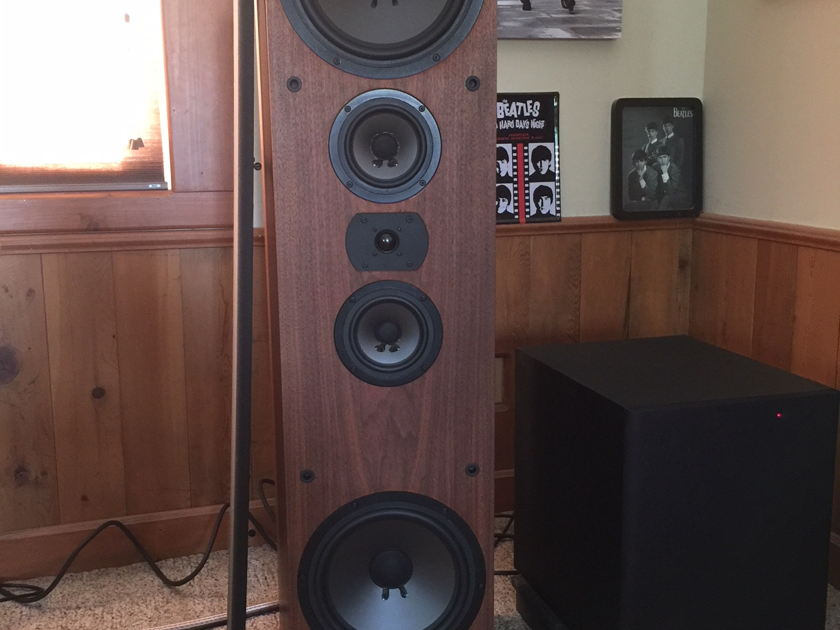 Acoustic Research Classic 30 Tower Speaker
