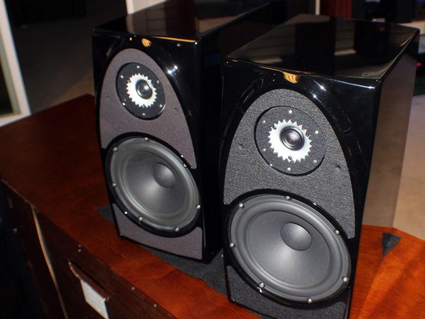 Wilson Audio Duette Stand Mounted speaker