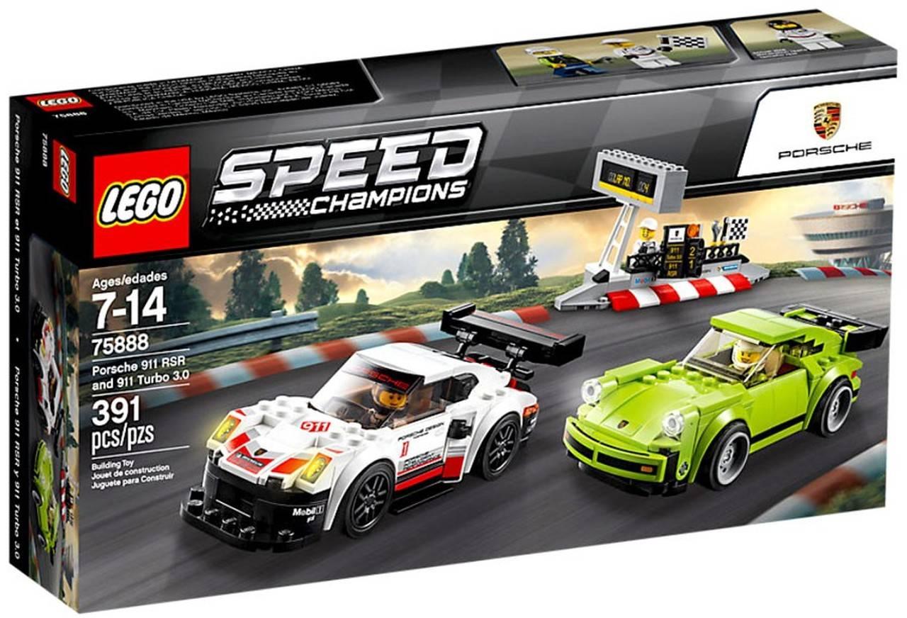 Porsche 911 RSR and 911 turbo