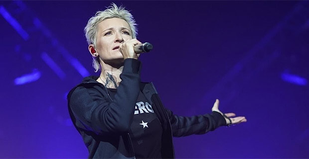 «Авторадио» приглашает на юбилейный концерт Дианы Арбениной - Новости радио OnAir.ru