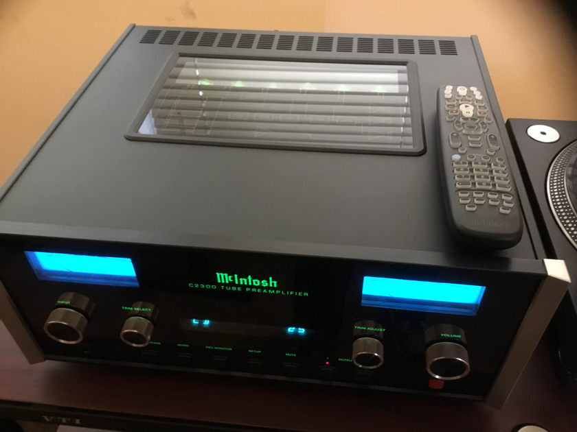 McIntosh C2300 tube preamp Reference preamp at an affordable price