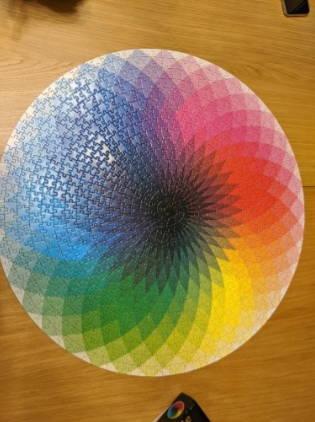 1000-piece-colored set-rainbow-round-puzzle-adult-kids-do-it-yourself-educational-toy-roundpuzzle-testimonial-1