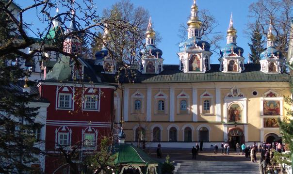 Индивидуальная экскурсия в Псково-Печерский монастырь и крепость Изборск