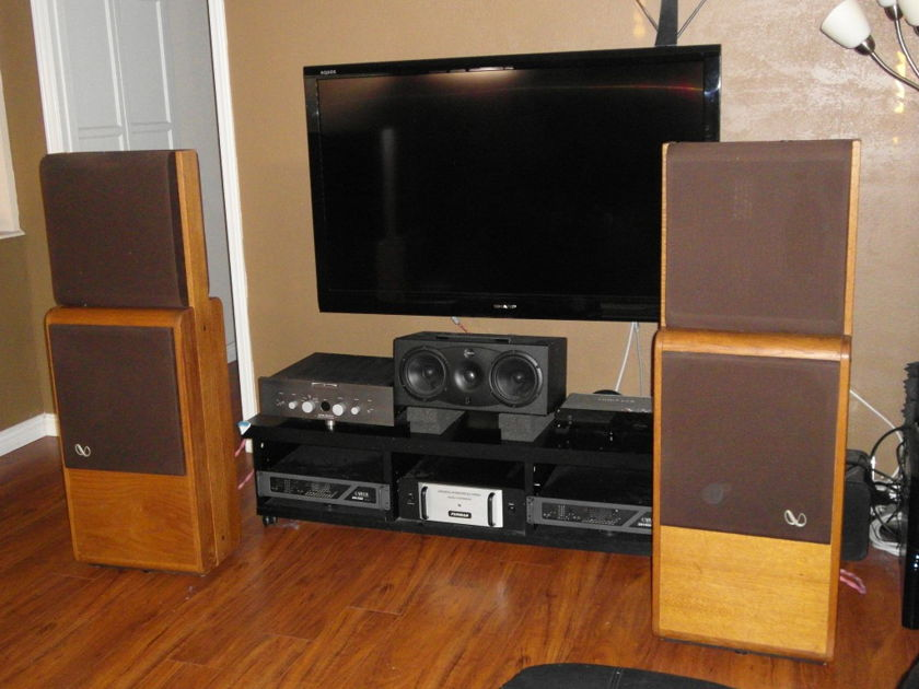 Infinity Reference Standard RS 2.5 RS2.5 Among speakers hall of fame in Hi Fi History
