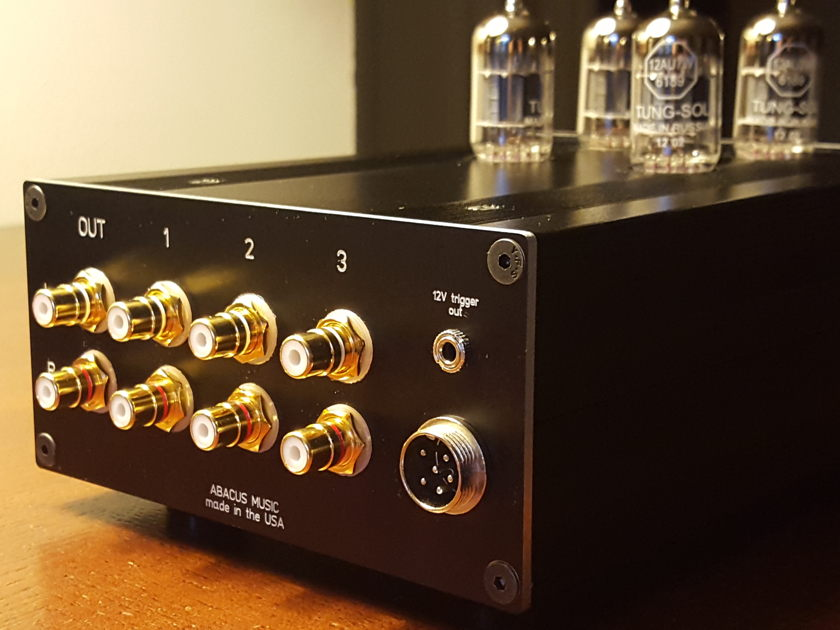 Abacus Aikido Tube Preamplifier with remote