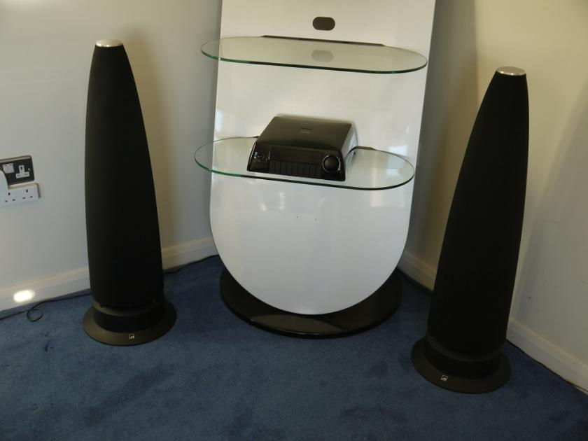 Meridian Speaker M6