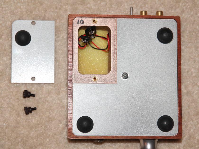 Grado RA-1  battery powered headphone amp