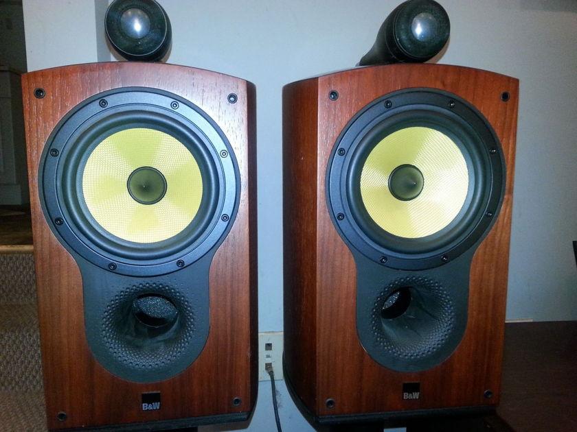 B&W  805S pair of loudspeaker used reduced!