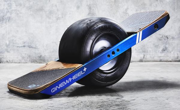 OneWheel+ vs Boosted Dual (2nd Gen ) detailed comparison as
