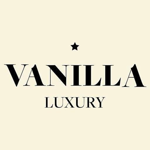 Sceona seen in Vanilla Luxury
