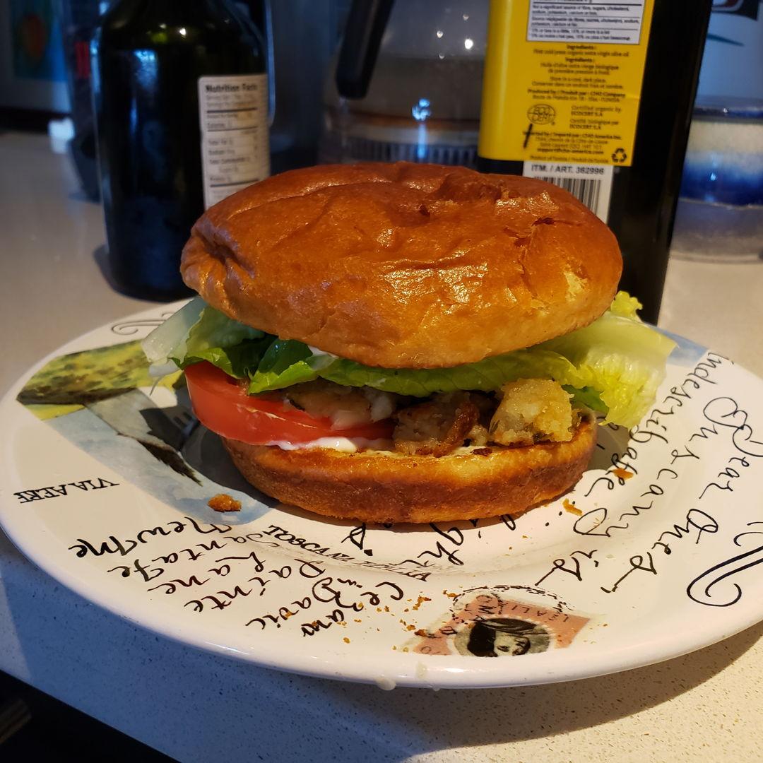 Aloo tikki burger 🥔🍔😊