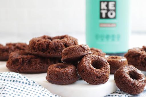 Sugar-Free, Gluten-Free Keto Chocolate Donuts