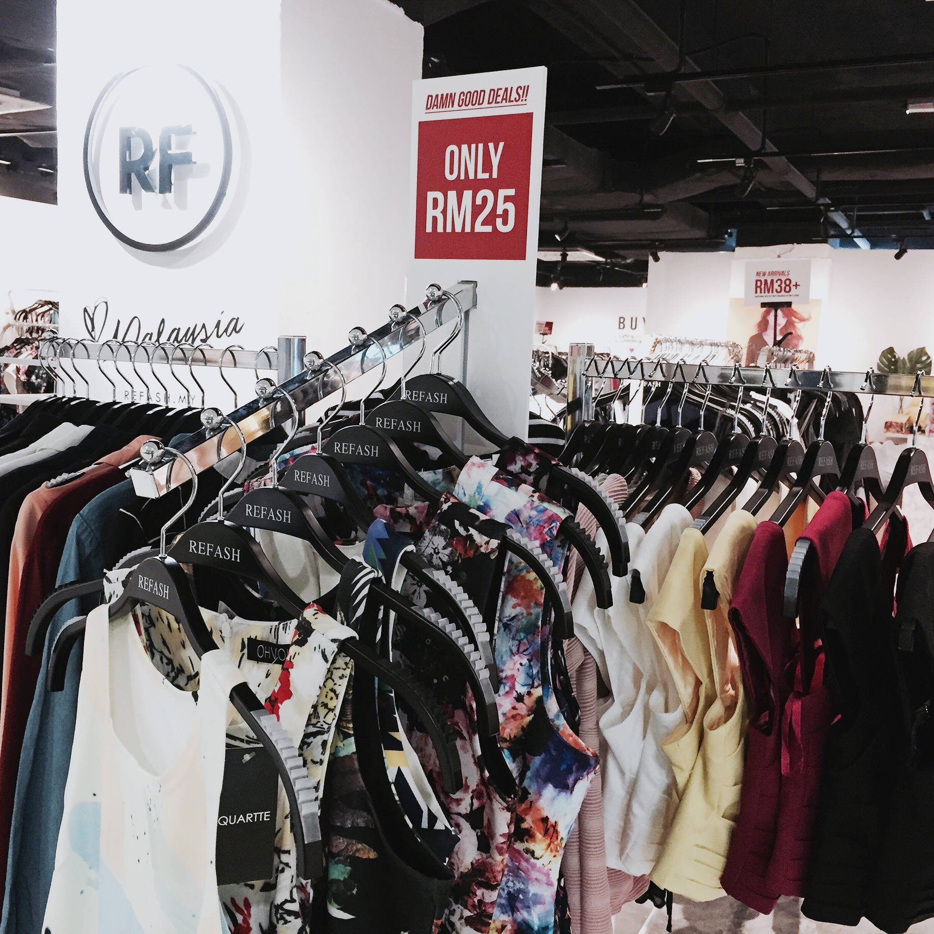 7ef26851c89 Sell Used Clothes Online Malaysia – Rockwall Auction
