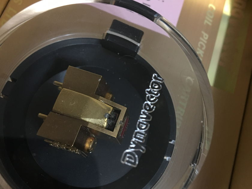 Dynavector Karat 17D2 MKII phono cartridge low MC 10 hours
