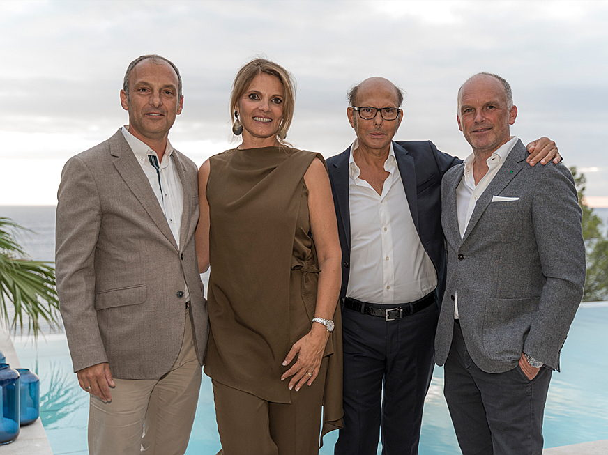 Puerto Andratx - From left to right: Hans Lenz (managing director E&V Southwest), Mariana Muñoz (founder and managing director Terraza Balear), Renato Minotti (owner of Minotti) and Achim Marwitz (architect of Seahouse).