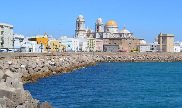Экскурсия в Херес и Кадис с дегустацией вина и морской прогулкой