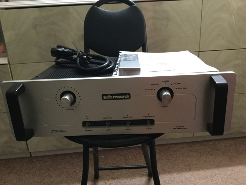 Audio Research LS-12 Balanced Line Stage Preamplifier SILVER