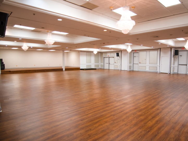 Full Caterer Kitchen(3,500 SF, 9,000 SF of Ballroom and Restaurant space - Fort