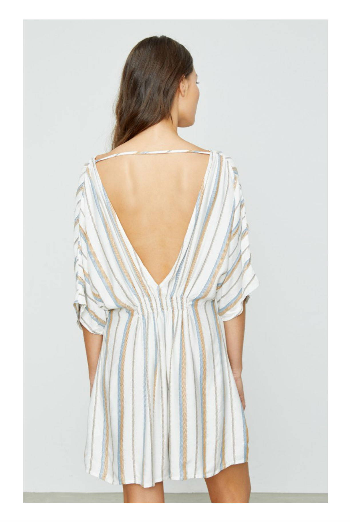 Onia Alessandra Cover Up