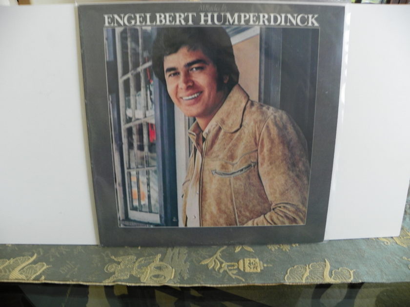 ENGELBERT HUMPERDINCK - MIRACLES BY
