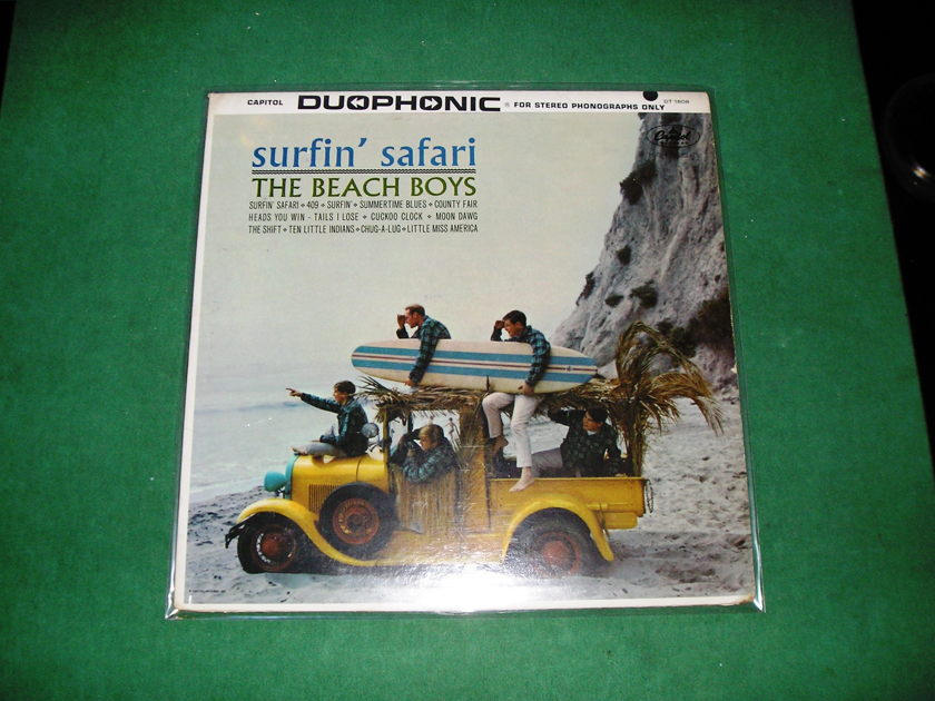 BEACH BOYS *SURFIN' SAFARI* -  CAPITOL DUOPHONIC DT-1808 ***Excellent 9/10***