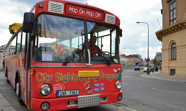 Обзорная экскурсия по Праге на автобусе hop-on hop-off