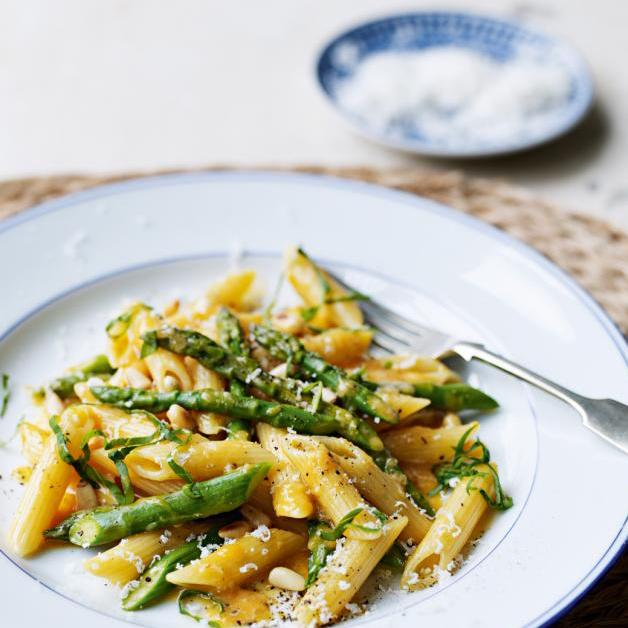 Asparagus carbonara from Sainsbury's magazine