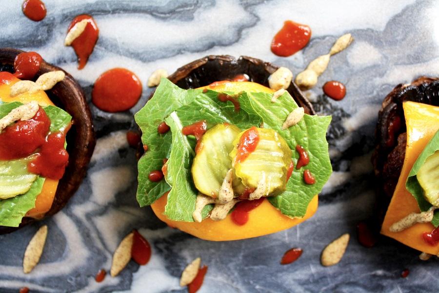 portobello-bun-cheeseburgers-1.jpg