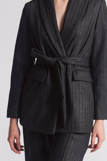 Шерстяной пиджак с шалевым воротником