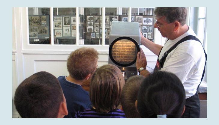 stiftung werkstattmuseum für druckkunst leipzig buchstaben anschauen