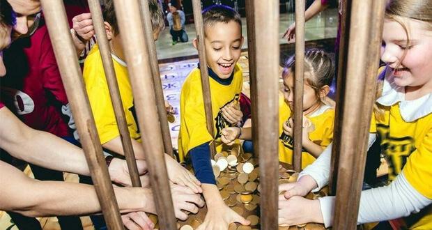 Радио «Сибирь - Абакан» и NotaBene в День защиты детей дарят подарки детям - Новости радио OnAir.ru