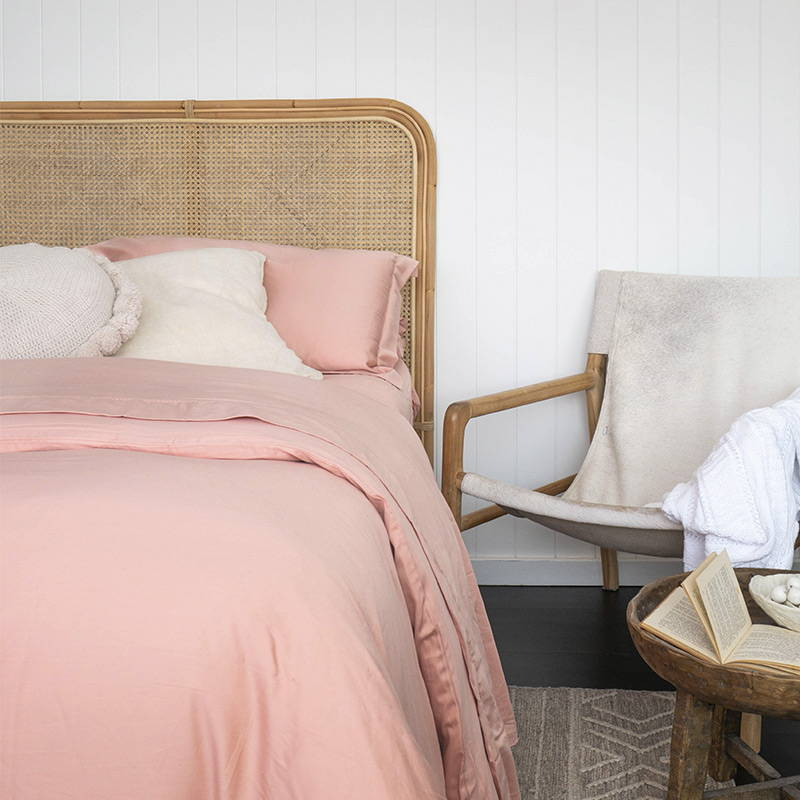 sienna-living-bamboo-cotton-sheet-blush