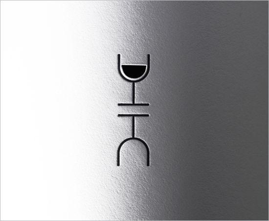 Wine-Bottle-2009_06
