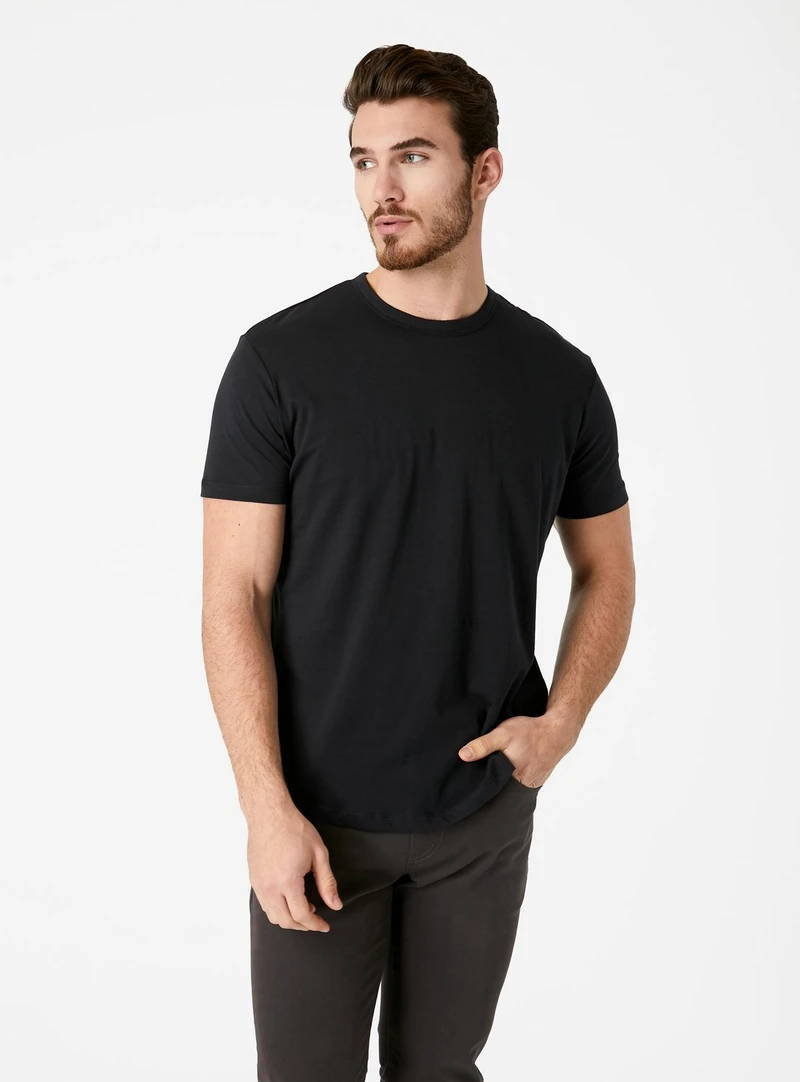 Momento Curved Supima T-Shirt