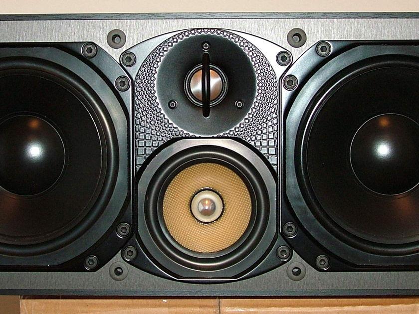 Paradigm Reference Studio CC-570 v.3 Center Channel Speaker