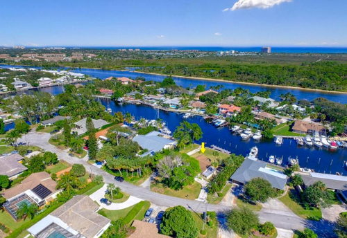 skyview of Palm Beach Gardens