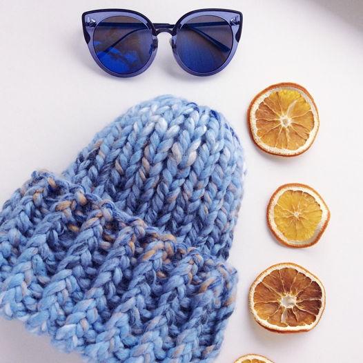 Теплая и объемная шапка шерсть / акрил