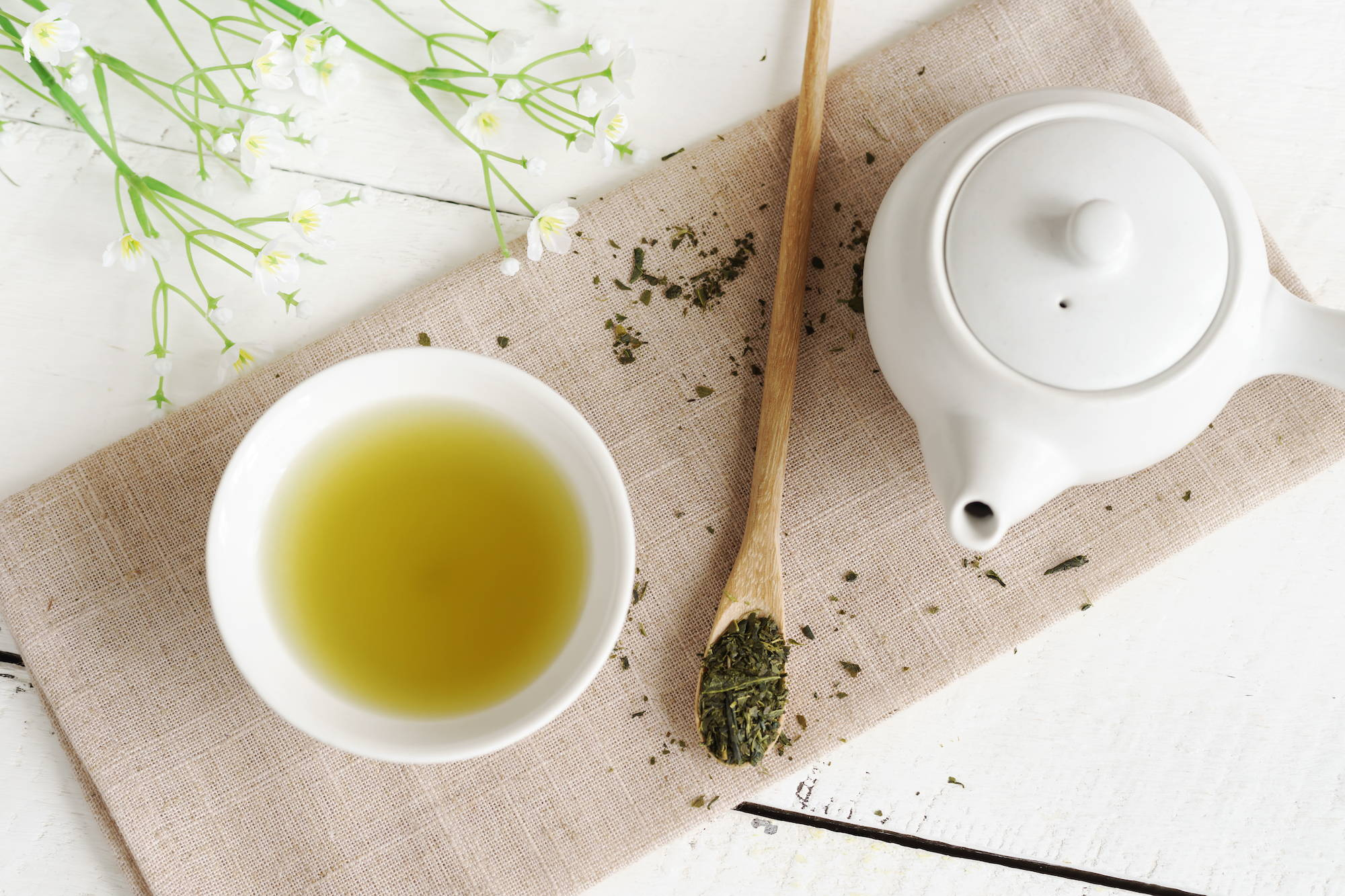 green tea mouthwash may support dental and oral health