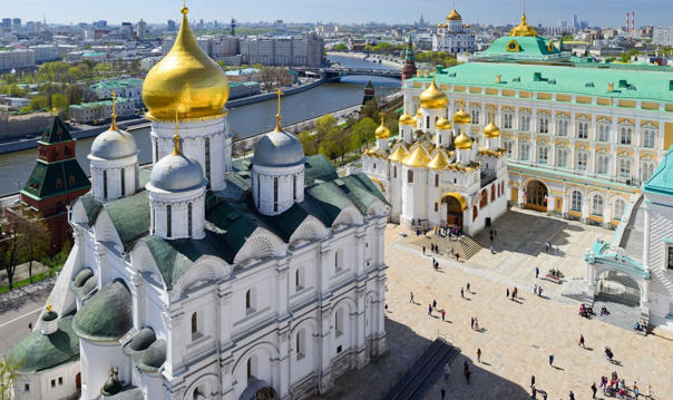Экскурсия по территории Кремля с посещением одного собора (для орг. групп)