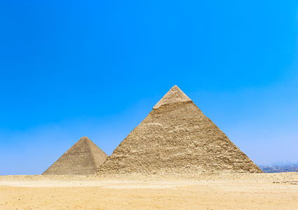 the-great-pyramids-of-giza-egypt