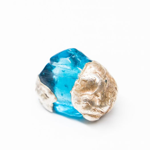 Кольцо из синего стекла Глубина
