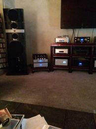 VAC & FOCAL : 2-Channel w/Vinyl 2 com?