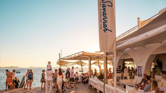 Savannah Ibiza beach club para ver atardecer en San Antonio