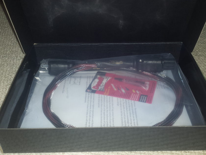 Audience AU24 SE 3 ' HP Power Cord New In Box