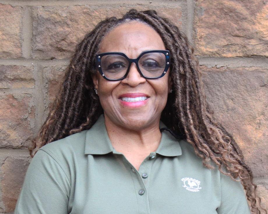 Sharon Hoyle , Support Staff