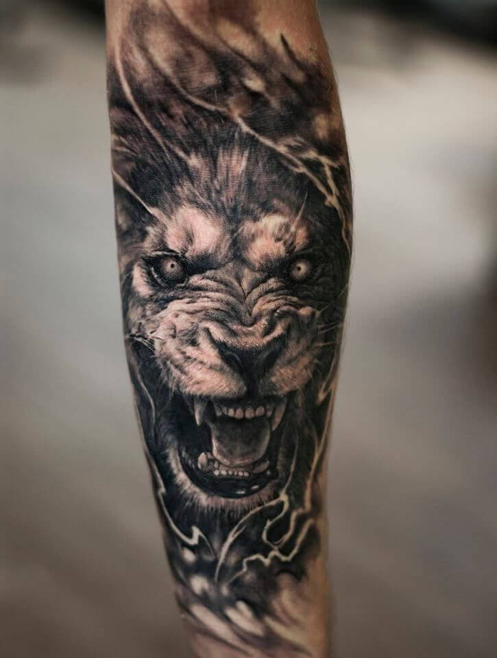 Tataouage Lion Art Realiste