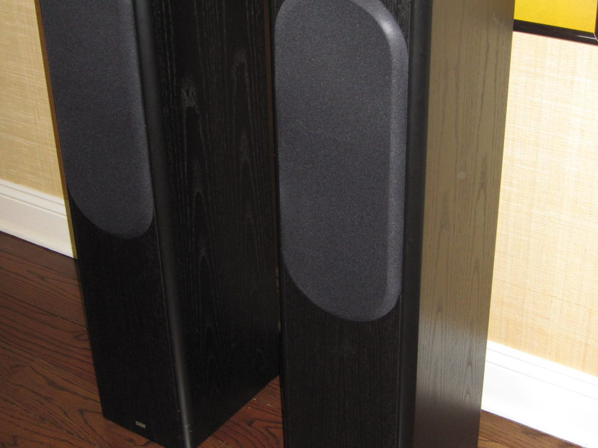 B&W Bowers & Wilkinson CDM 7SE (Black Ashe) Floorstanding Monitors