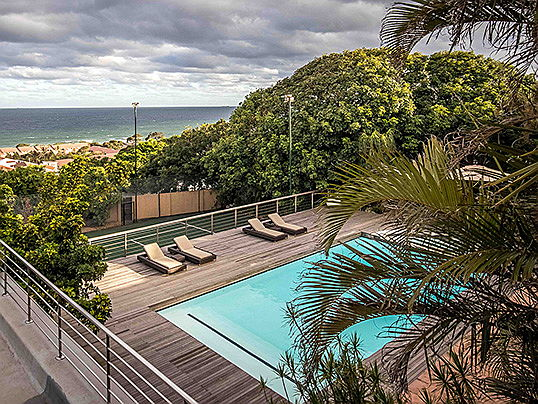 Sintra - This grand villa in a premium location in Umhlanga Rocks is on the market with Engel & Völkers for 39 million ZAF (approx. 2.4 million euros).(Image source: Engel & Völkers KwaZulu-Natal – Dolphin Coast)