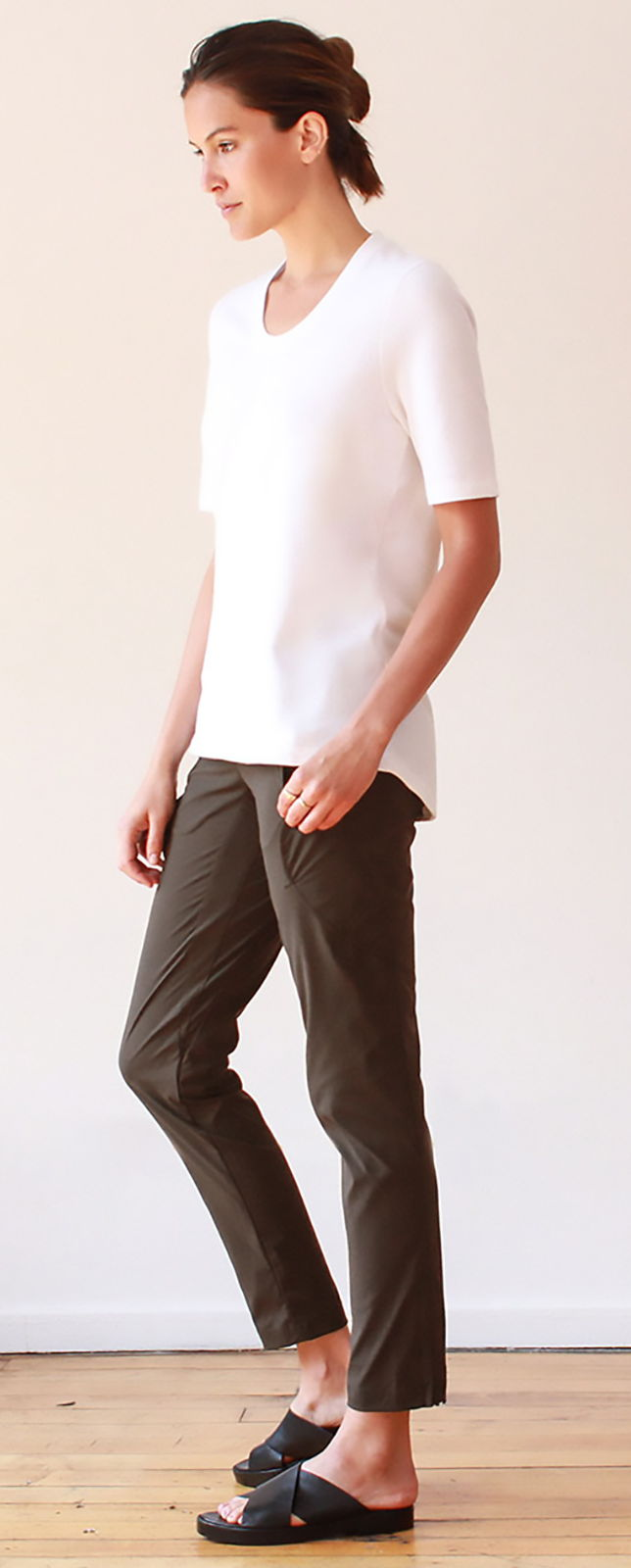 RESILIENCE – INDIA INSPIRED VOYAGER PANT COBBLESTONE