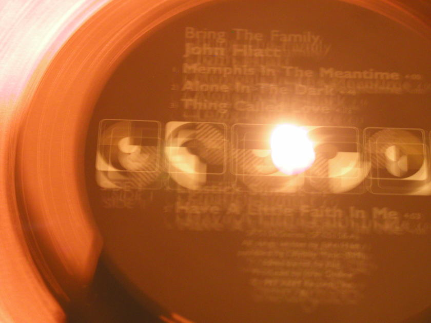 John Hiatt - Bring The Family (Quiex LP) A&M SP 5158